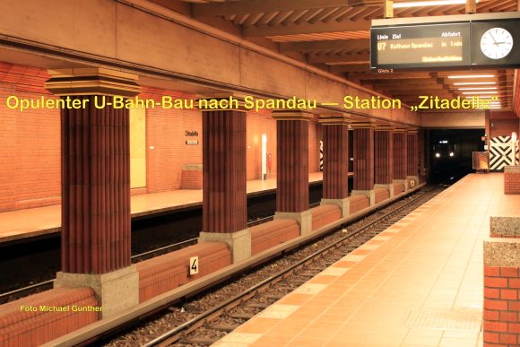 Opulenter U-Bahn-Bau nach Spandau